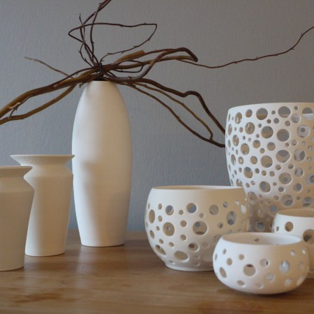 Im Keramikatelier Anette Breu kann man nicht nur Keramik bemalen sondern auch handgedrehtes Porzellan kaufen.